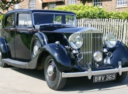 Vintage Rolls Royce for wedding hire in Wimbledon